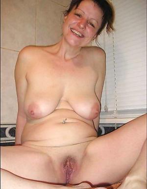 Amazing naked mature 40 pics