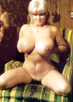 Slutty vintage mature pussy naked photos