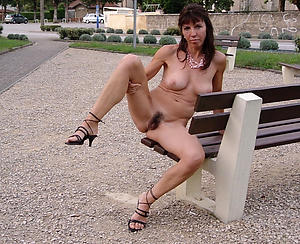 Free mature skinny pictures