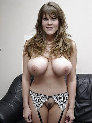 Busty Mature Pictures