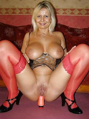 Sexy grown up women masturbation