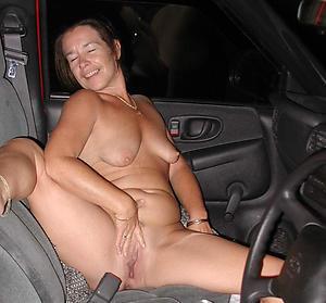 Inexperienced mature car porn photo