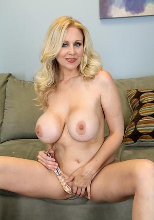 Hot classic mature nudes pics