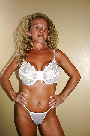 Best pics of classic mature nudes
