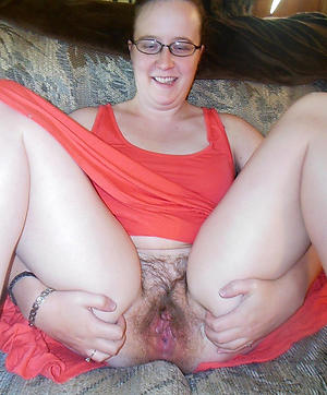 Slutty amateur mature battalion in glasses pics