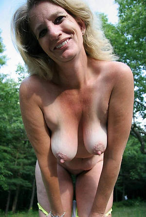 Attracting horny mature pussy xxx