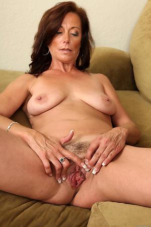 Amazing mature pussy xxx