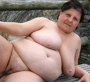 Slutty matured grandmothers porn pics