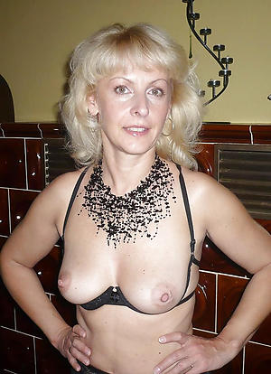 Free full-grown german milf amateur porn photos
