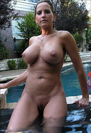 Pretty 40 year old babes naked photos