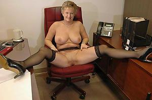 Older mature sluts pussy pics