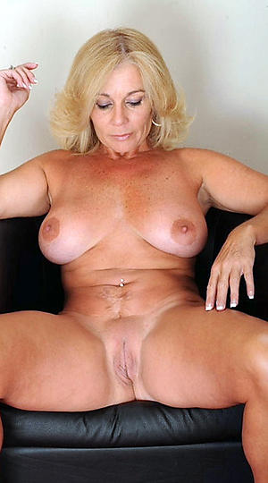 Busty mature shaved pussy galleries