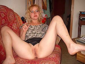 Xxx mature single women