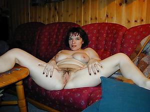 Busty real mature singles naked photos