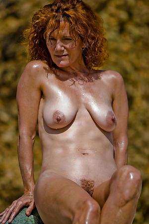Mature saggy breast free porno