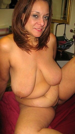 Busty saggy mature women nude pictures