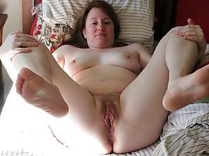 Slutty mature feet pictures