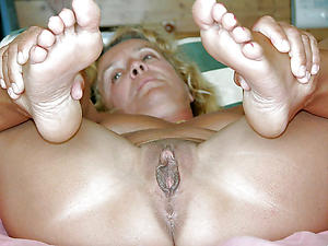 Best pics of mature sexy paws