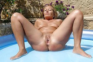 Naked mature european women buckshot
