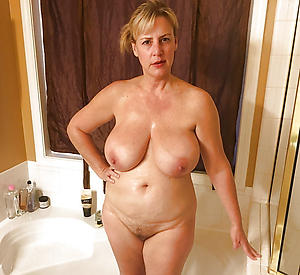 Slutty mature cougar milf porn pictures