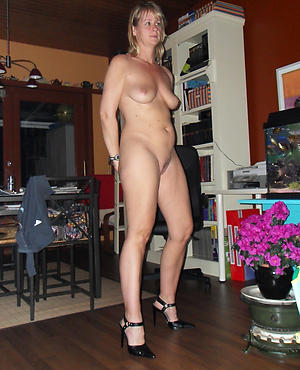Hot porn of mature german pussy