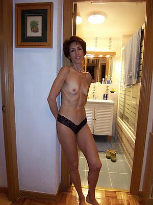 Mature skinny milf slut pics