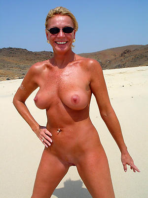 Hot porn of sexy of age beach pics