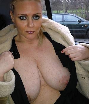Nude amateur grown-up ladies photos