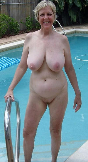 Hot mature naked pussy pics