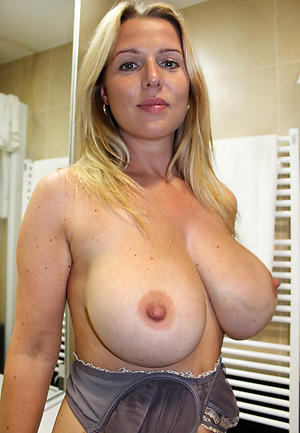 Mature Big Saggy Natural Tits