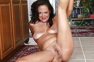 Amateur pics of X-rated mature cunt