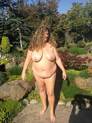 Naked mature chubby pics