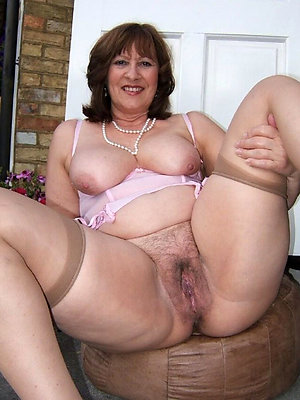 Chubby Mature Pictures
