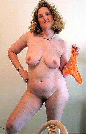 Nice free chubby women porn pics