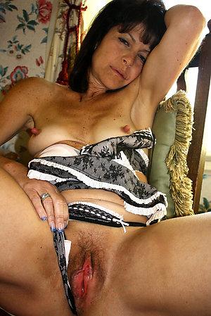 Pretty brunette older wife fucked pics