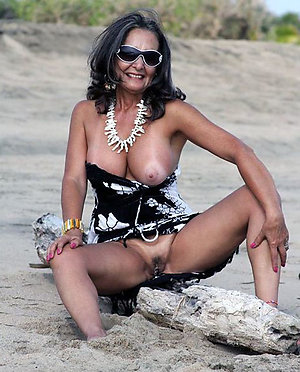 Handsome mature nude brunettes