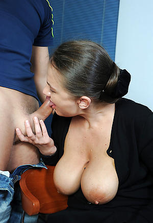 Naked mature body of men blowjob pics