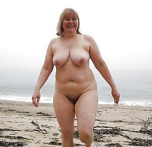 Layman pics of chubby mature ass