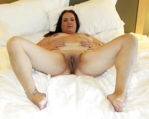 Hottest sexy mature limbs porn pics