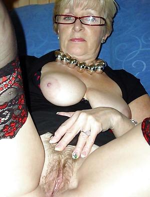 Xxx mature grandma porn pictures