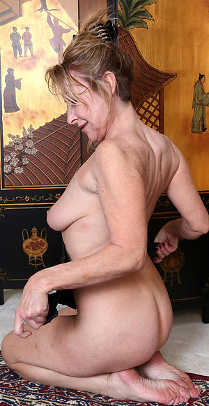 Slutty classic mature naked photos