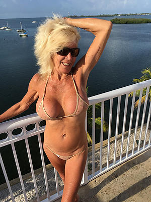 Really grown-up woman in bikini pussy pics