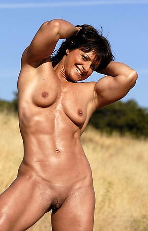Really mature muscle woman pussy pics
