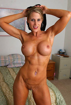 Amateurish pics be proper of mature tissue woman