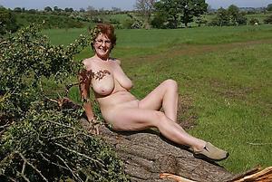Mature amateur unaccompanied pussy pics