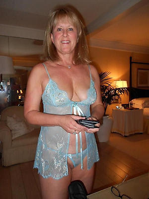 Unruly sexy mature lingerie photos