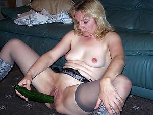 Wonderful naked full-grown woman masturbating