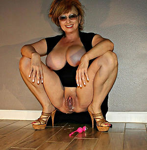 Mature Ladies Pictures