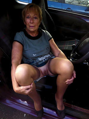 Naughty naked grandmothers porn pics