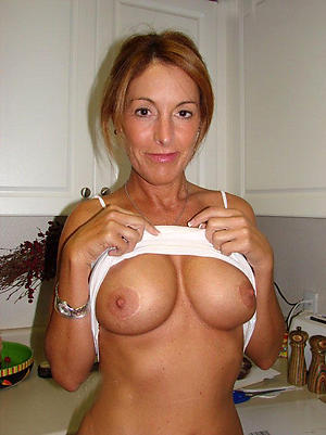 Slutty naked mature housewives pictures